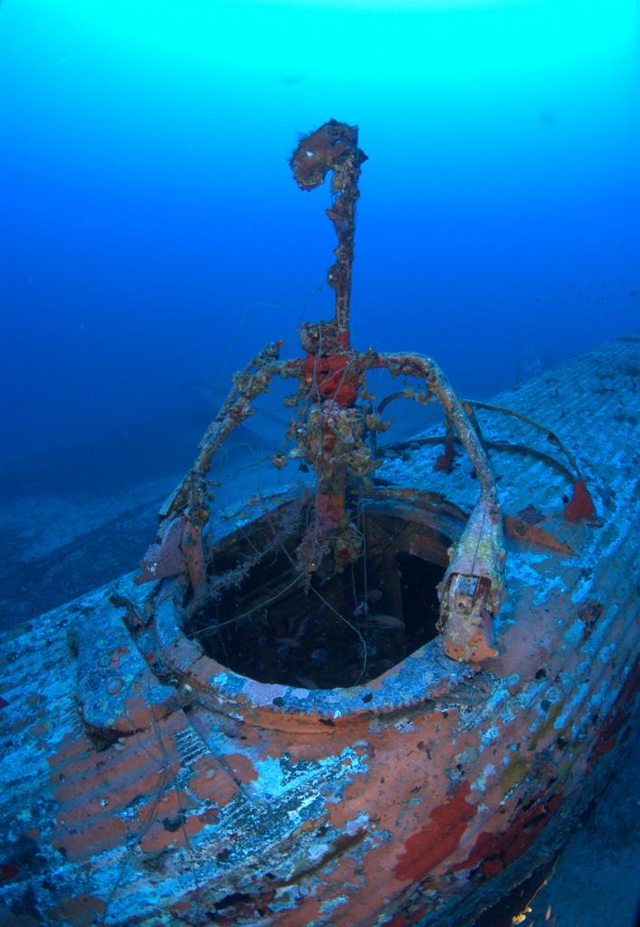 Aircraft wreck | Byron Riginos Weblog